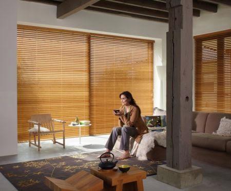 ... naar verschillende mogelijkheden voor raamdecoratie voor de woonkamer