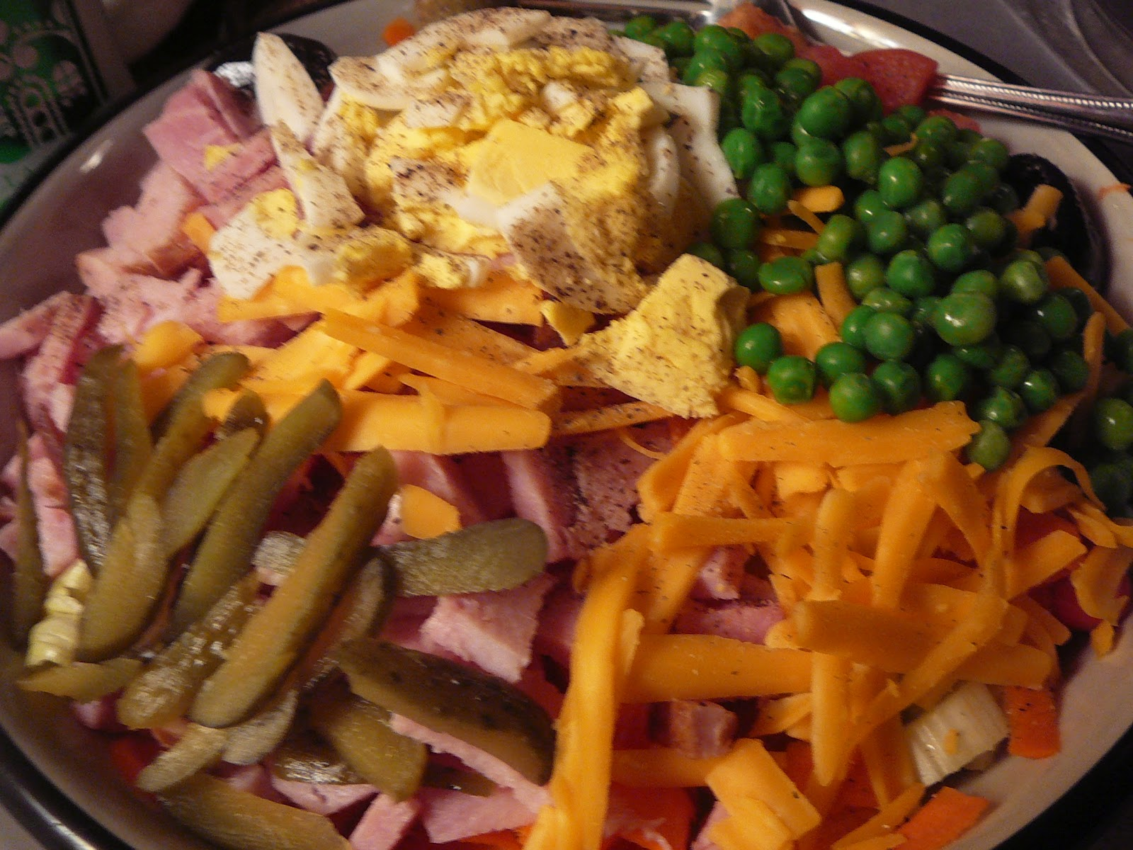 The Hidden Pantry: Super Supper Salads and Faux Olive Garden Dressing