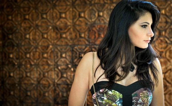 Bárbara Urias - Look floral inverno - romântico - estampa - vestido curto