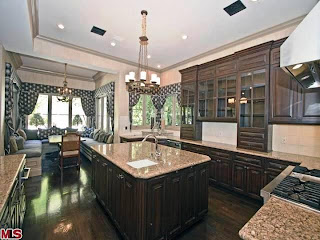 Kitchen-Tuscan Home Decorating Ideas, Tuscan Home Decorating Photos, Tuscan Home Decorating Design