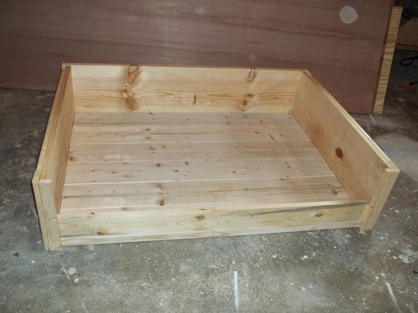 Jaime of all trades diy large wooden dog bed for Build a dog bed