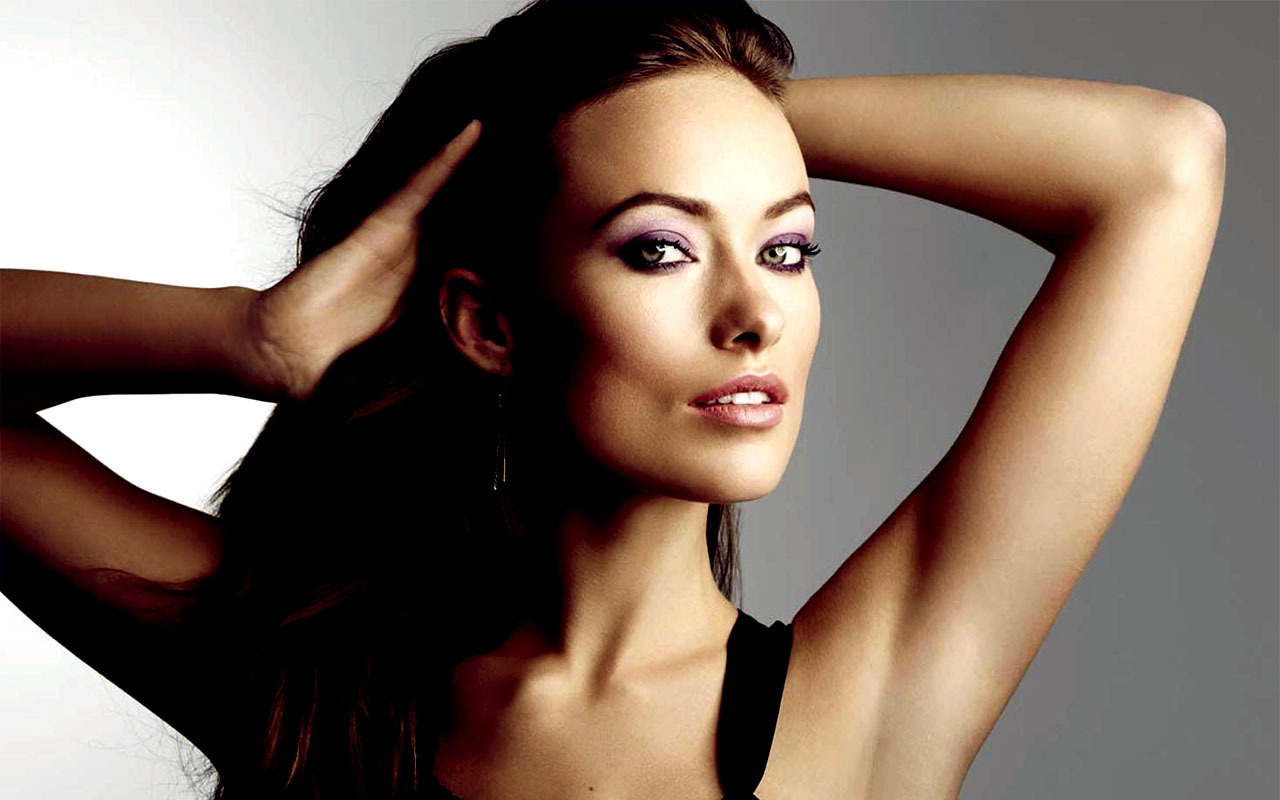 Olivia Wilde bet at home entra robi bet at home Have LiveChat