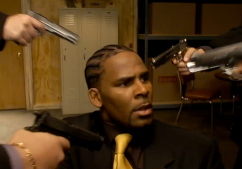 r-kelly-guns.jpg