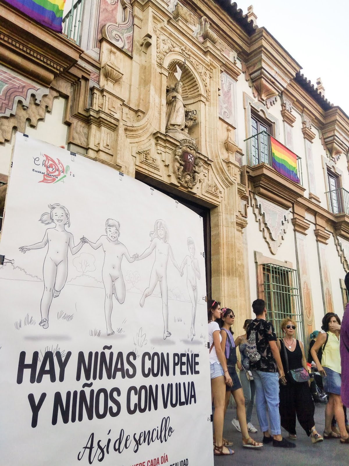 HAY NIÑAS CON PENE Y NIÑOS CON VULVA
