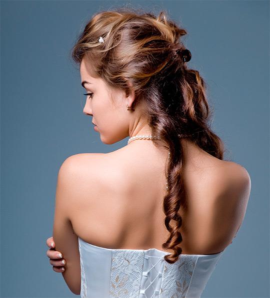 прически на длинные волосы вечерние для подростков