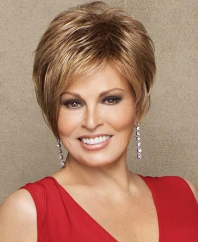 MEDIUM SHORT HAIRCUT: Short hairstyles for mature women