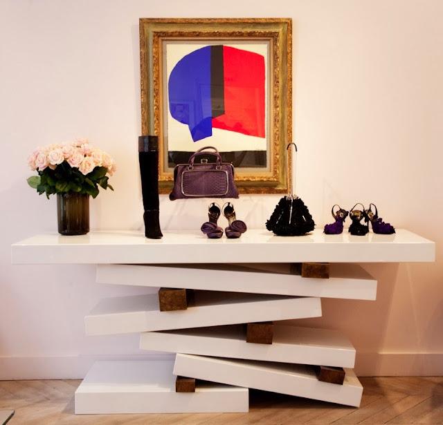 mueble de diseño con espejo antiguo ines de la fressagne