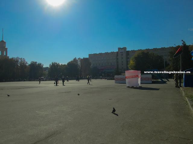 Площадь Октябрьской революции Славянск
