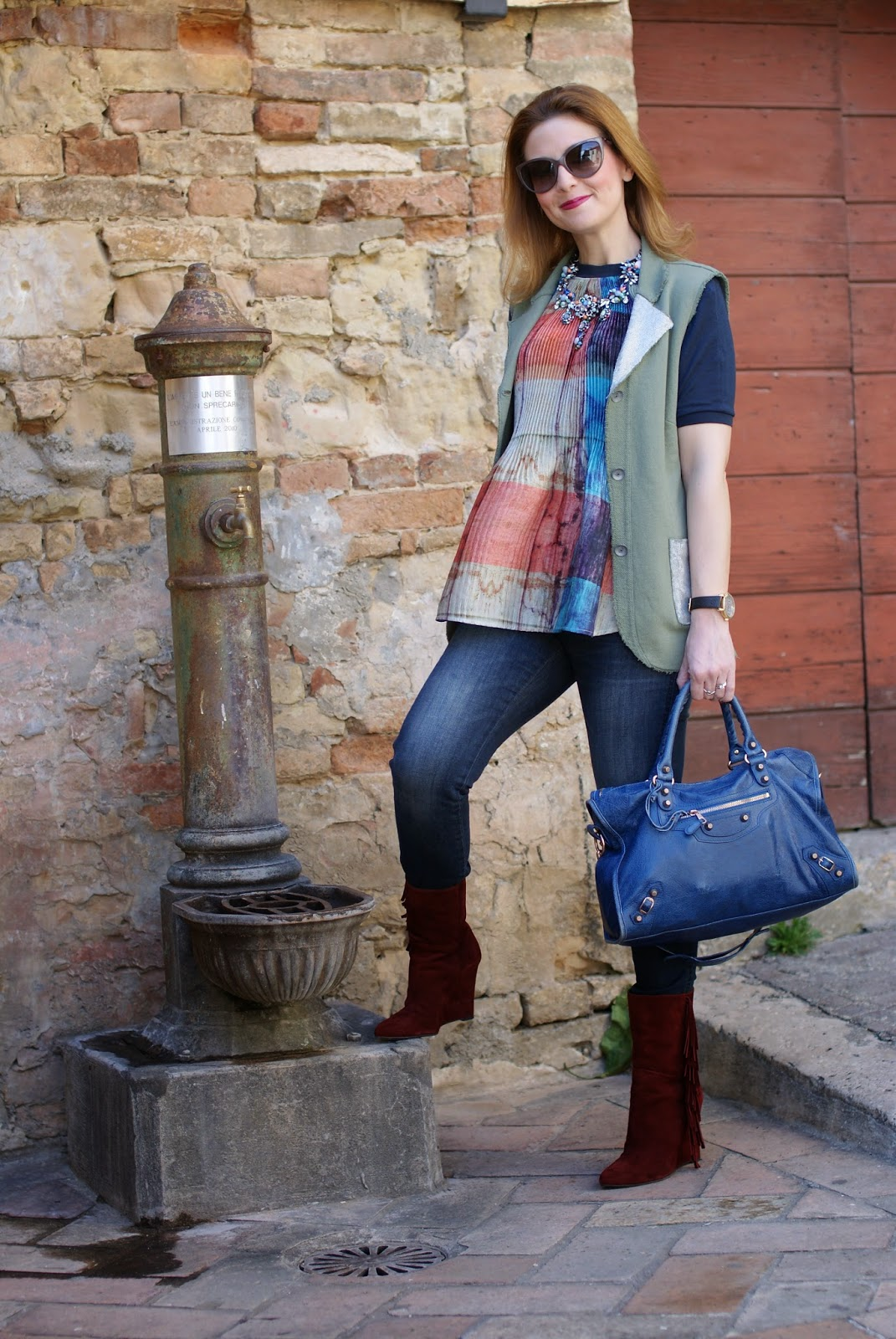 fringed boots, Praio sleeveless jacket, Millelire orologio, Balenciaga City, Fashion and Cookies, fashion blogger