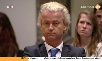 Wilders watching Fitna