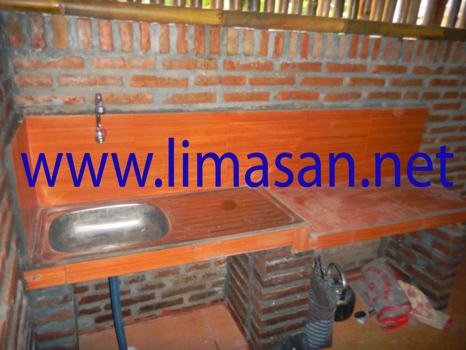 Rumah Limasan Di Sleman Yogyakarta dapur