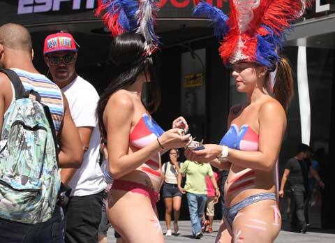 venezolanas-ganan-300-dolares-al-dia-posar-desnudas-nueva-york