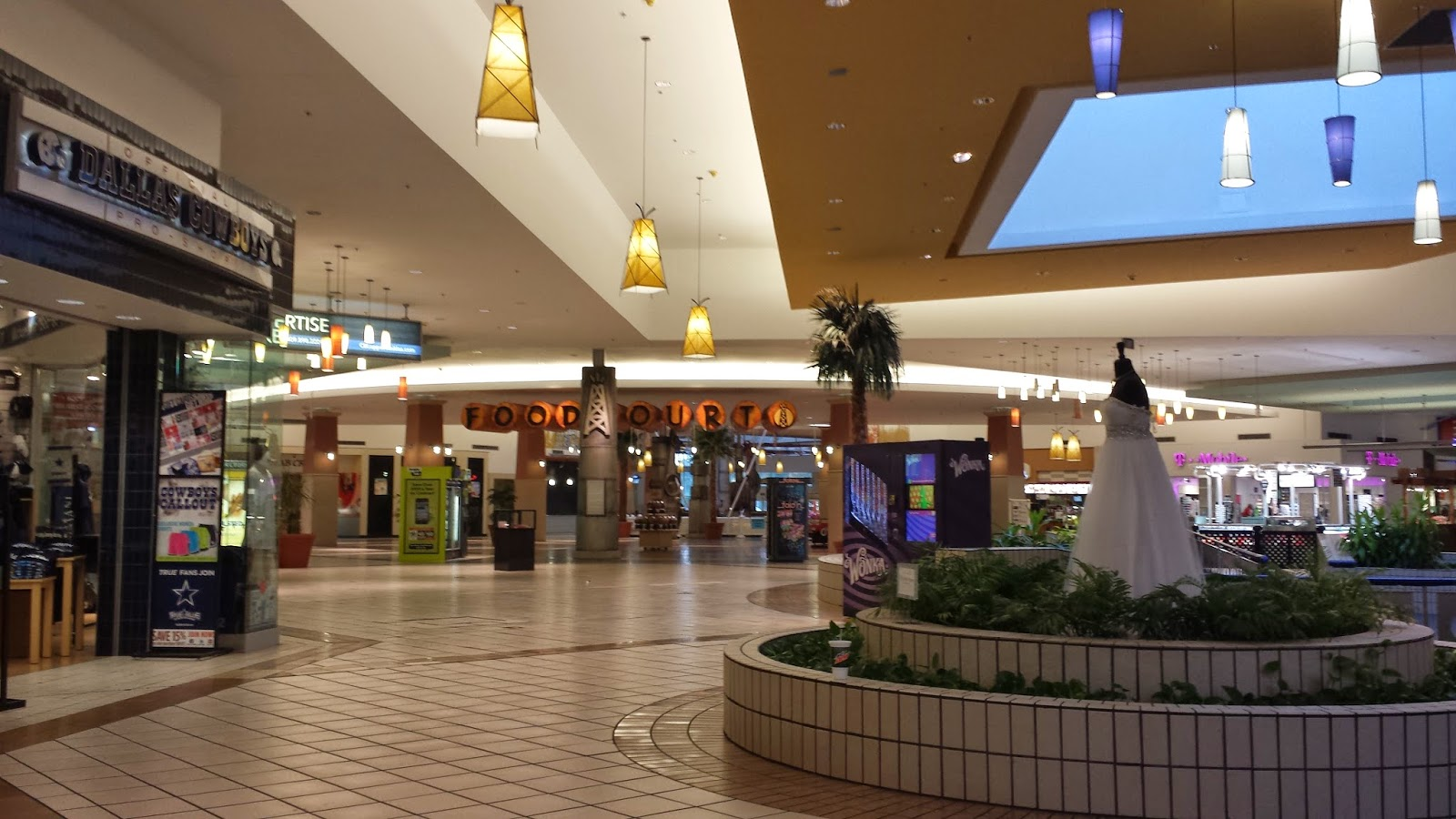 Parkdale Mall Beaumont Texas Food Court