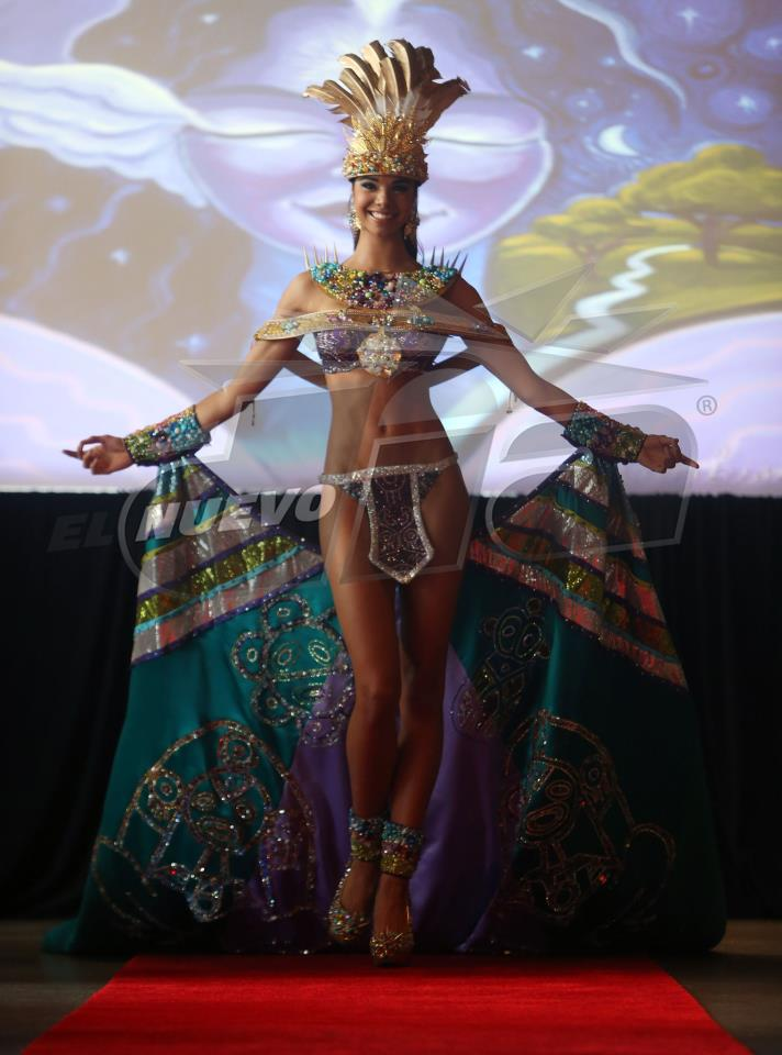 Miss Universe Puerto Rico 2012 Bodine Koehler Peña in National Costume