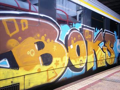 Boks VR6 graffiti