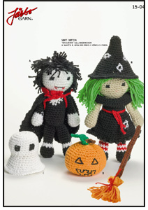 Free Amigurumi Patterns Halloween : 2000 Free Amigurumi Patterns: Halloween Witch and Vampire ...