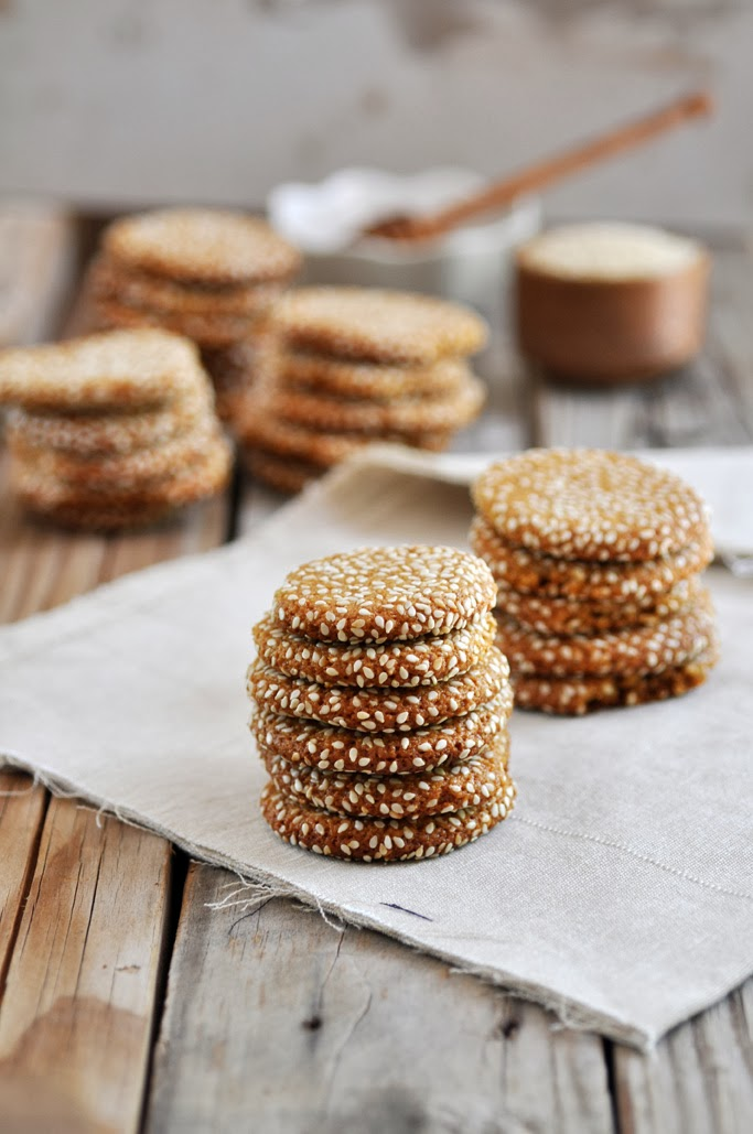 Anja's Food 4 Thought: Honey Tahini Almond Cookies