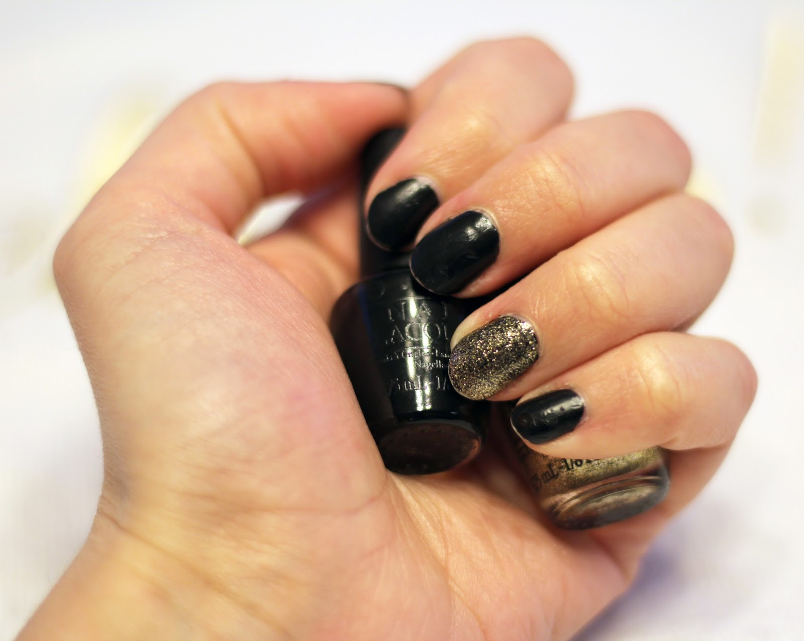 Glam NYE Nails + My Favorite Posts from 2015 | Bright on a Budget