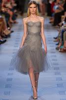 Официална рокля без презрамки от ефирна материя на Zac Posen