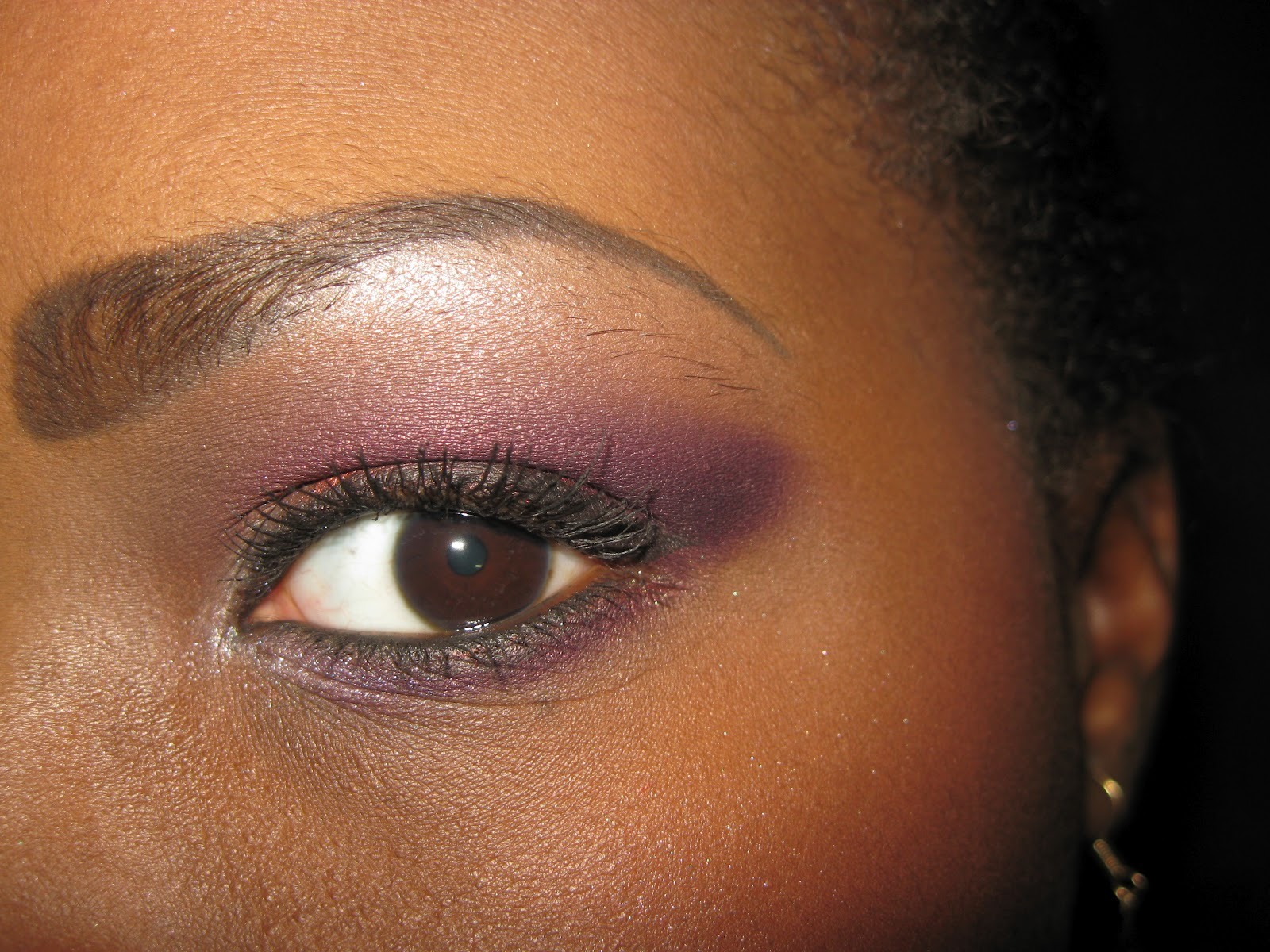 tutoriel maquillage pour les yeux bleus lady lunna make up. Black Bedroom Furniture Sets. Home Design Ideas