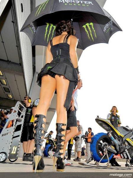 Gambar foto Gadis payung sexy motoGp32.jpg
