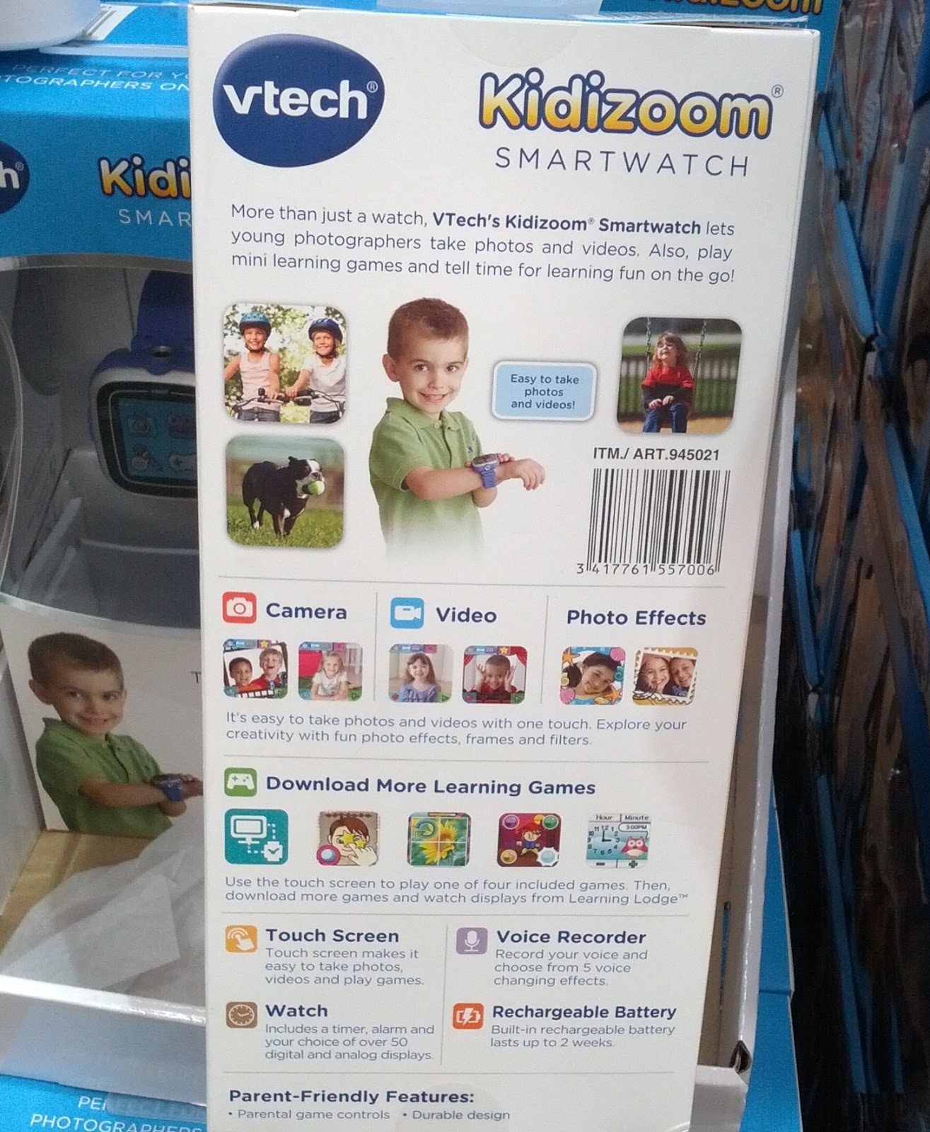 Take photos and video with the Vtech Kidizoom Smartwatch