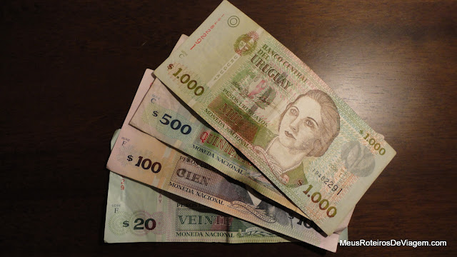 Cédulas de peso uruguaio