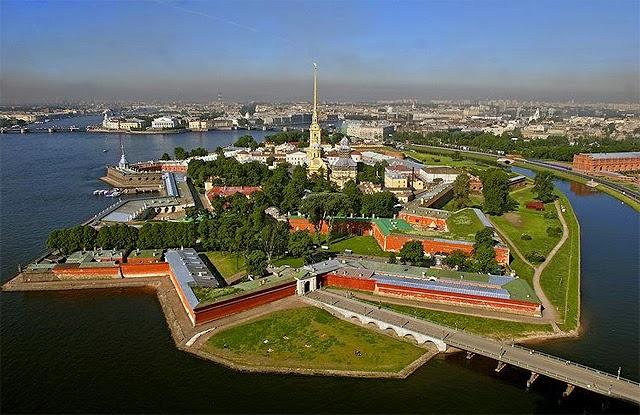 Fortaleza de Pedro y Pablo de San Petersburgo