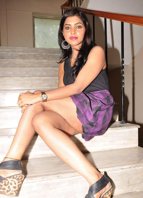 Sanchita padukonee wallpapers,Sanchita padukonee pictures