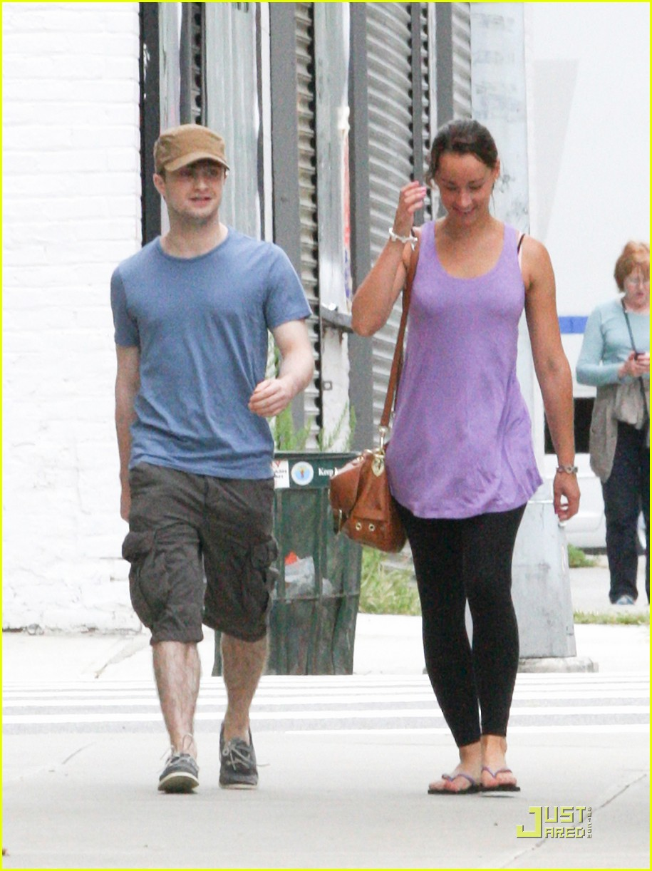 Hollywood Stars: Daniel Radcliffe With His Girlfriend In ... Charlize Theron Dating