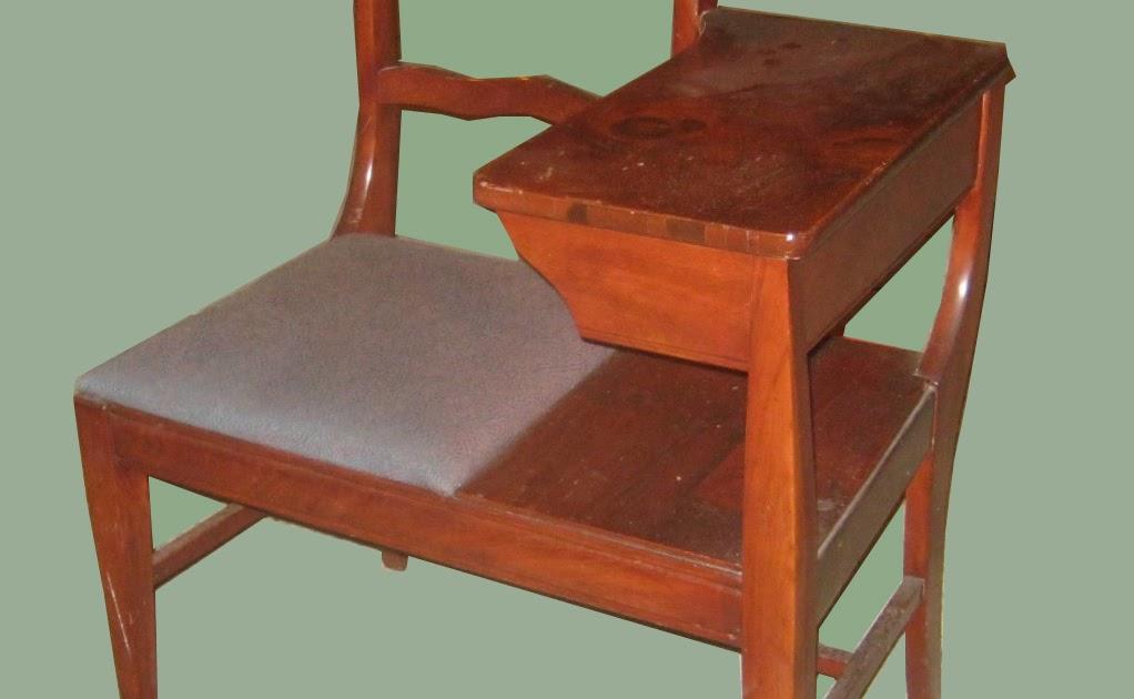 Uhuru Furniture Amp Collectibles 1940 S Maple Telephone