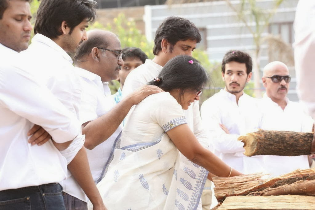 Akkineni Nageswara Rao Cremation Photos Gallery-HQ-Photo-15