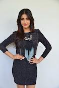 Shruti Haasan Glam pics-thumbnail-5