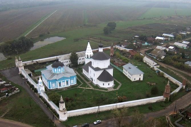 Бобренев монастырь в