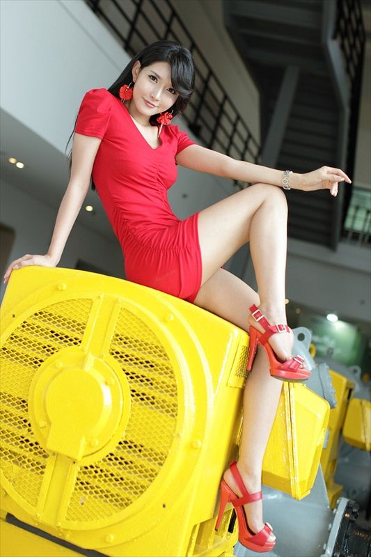 Cha Sun Hwa – Red Dress