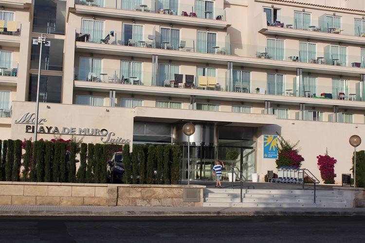Playa de Muro Suites Hotel