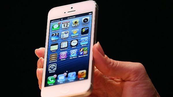El iPhone 5 se agotó antes de salir a la venta