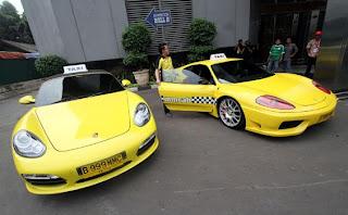 Taxi Porsche dan Taxi Ferrari di Jakarta