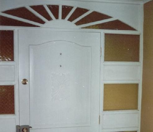 Fotos y dise os de puertas junio 2012 for Puertas metalicas modernas dobles