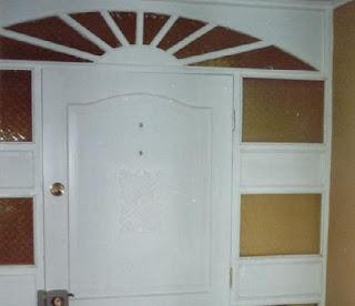 Fotos y dise os de puertas junio 2012 for Modelos de puertas metalicas para entrada principal