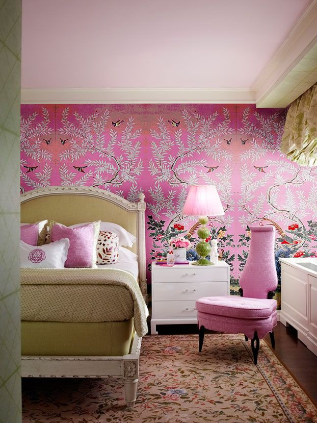 Chinoiserie Chic: Pink Chinoiserie Walls