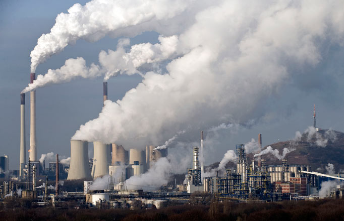 Fabricas que contaminan el medio ambiente