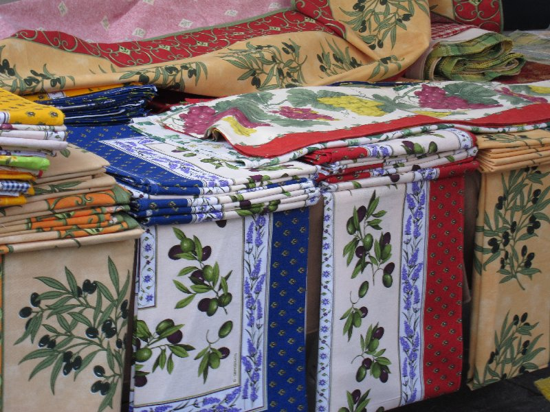 Great Olive Motif Tablecloths