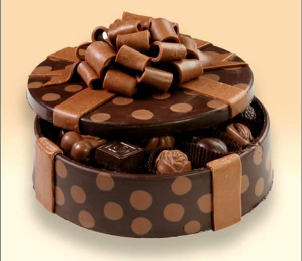 علب وأكواب من الشوكولاته تؤكل image010-782714.jpg