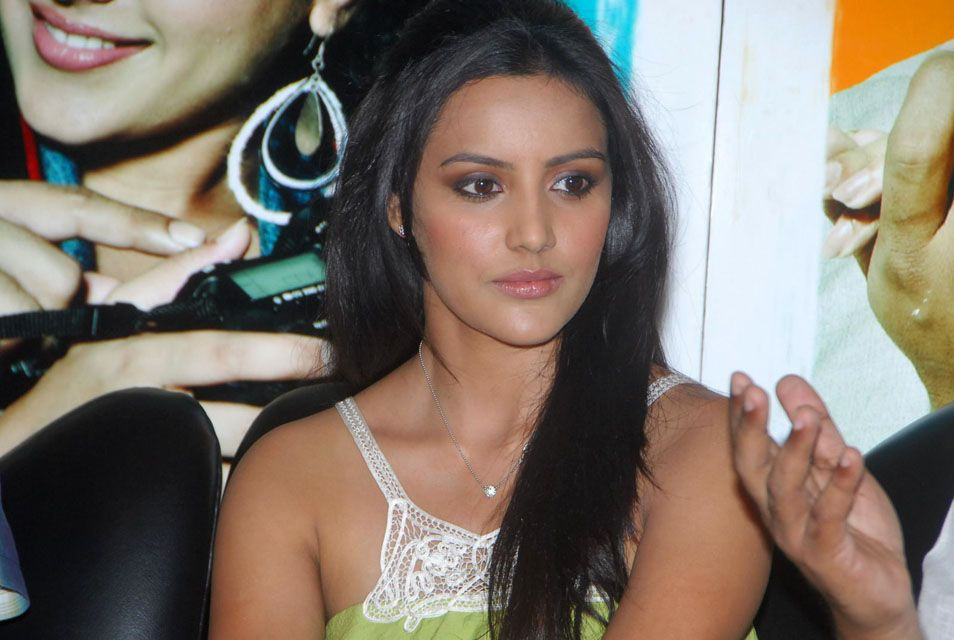 Beautiful Priya Anand Stills