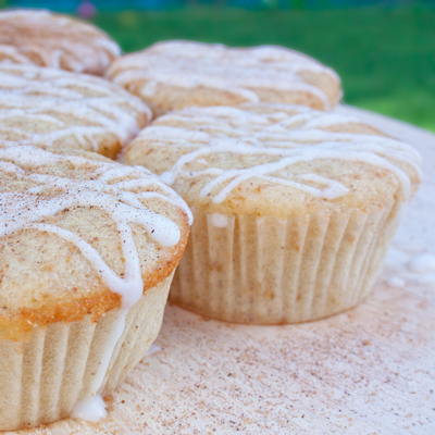 The Hedonista - Recipes: Apple Tea Cakes