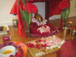 Do the puja by married women