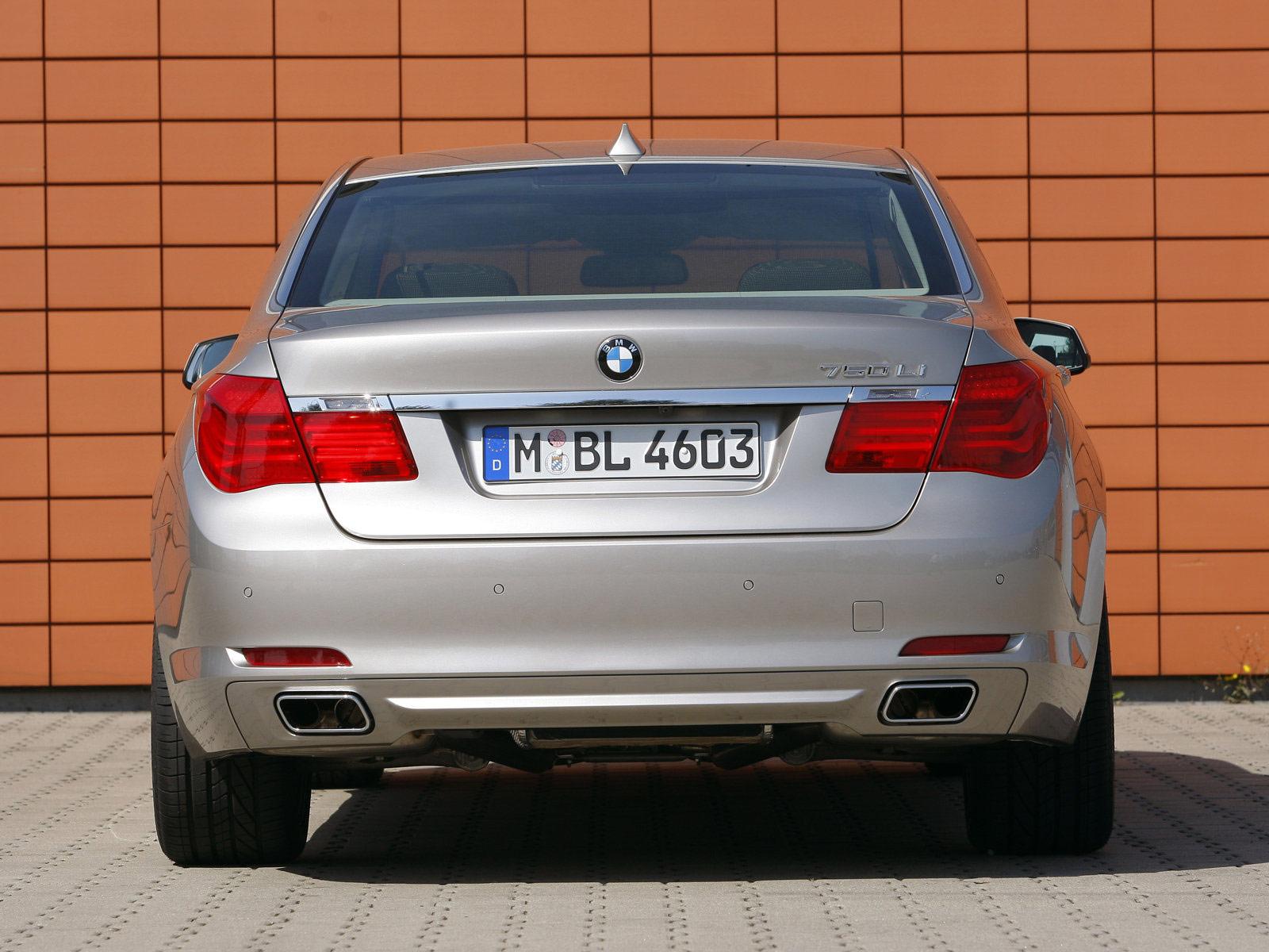 2009 BMW 750Li Car Desktop Wallpaper