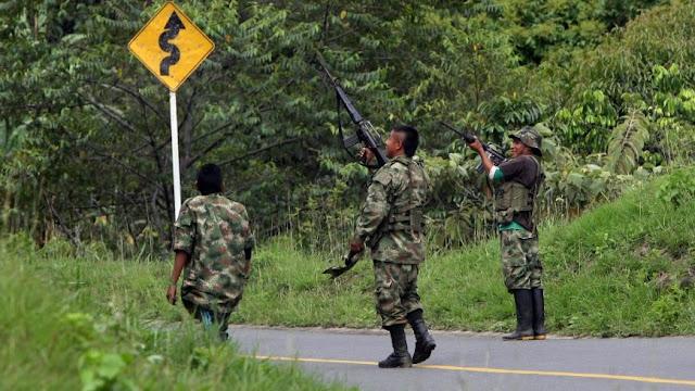 Luego de un bombardeo en Cauca que dejó 26 terroristas muertos, las Farc suspendió cese a fuego unilateral.