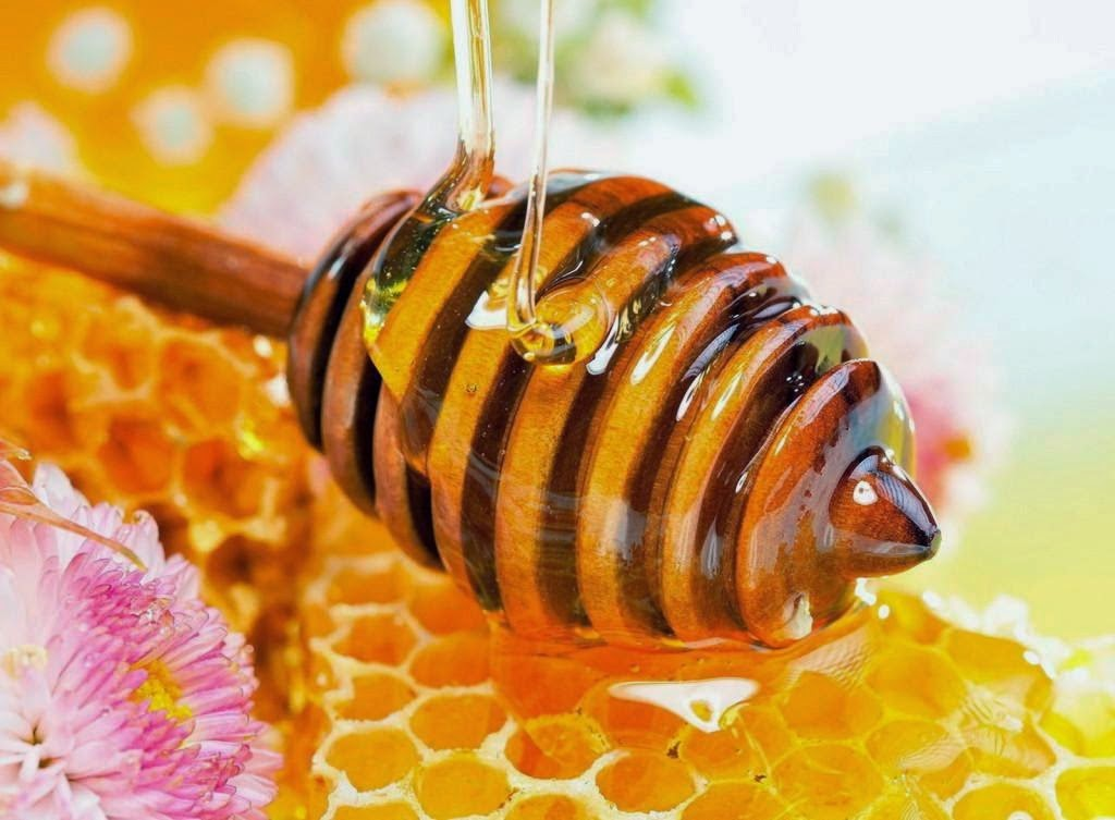 Tổng hợp các cách trị mụn bằng mật ong